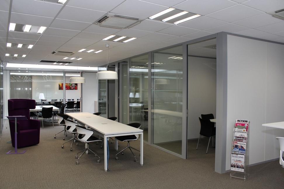 Espace de coworking à neuilly sur seine le spot multiburo bureaux
