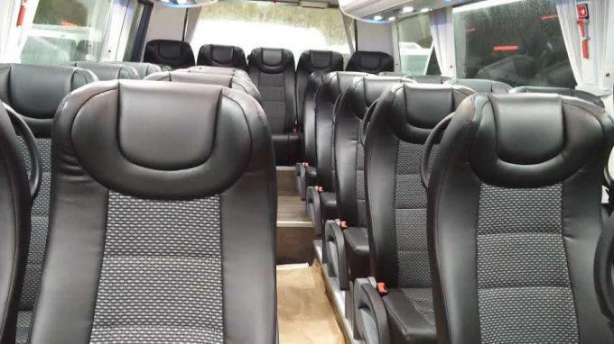 Minibus 27p intérieur